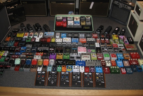 Guitar Effect Pedals at Fat Tone Guitars